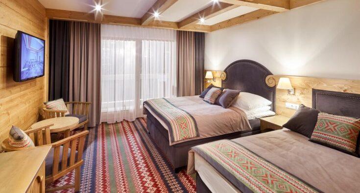 HOTEL BANIA - POKÓJ
